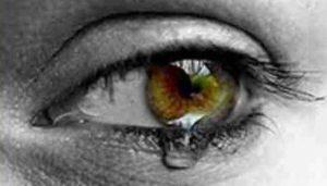 Tränen und Schmerz 01